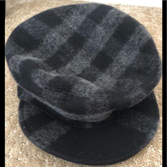 6f7e3269d8a Burberry Accessories - Burberry wool cotton blend newsboy black grey hat